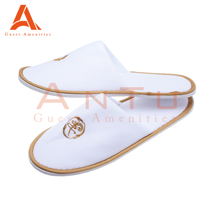 Cheap Personalized Hotel Slippers With Logo