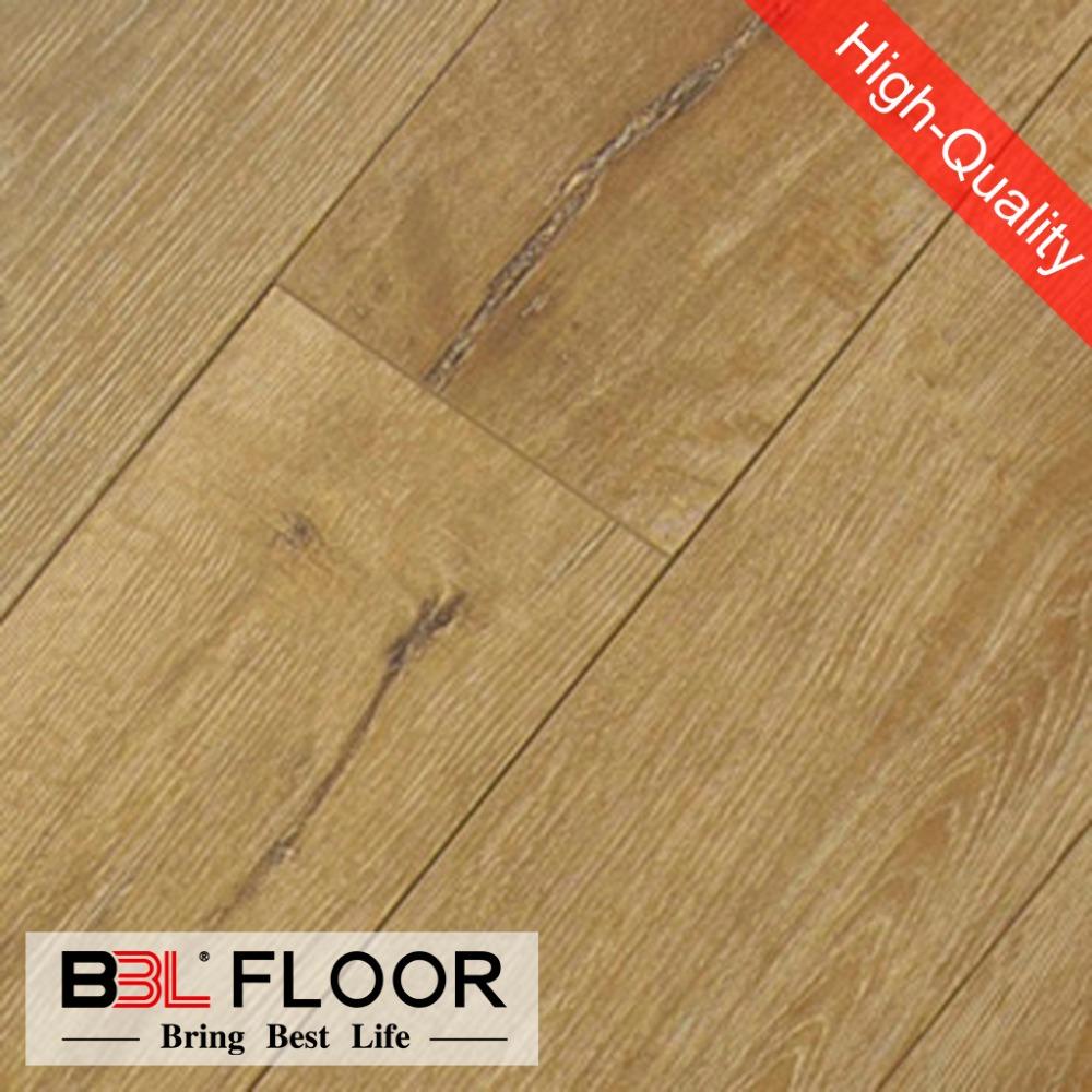 Checker plate laminate flooring gurus floor for Diamond plate laminate flooring