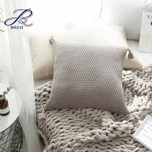 100% Cotton Solid Hand Knitting Pillow Cover With Tassels Bed Seat Pillow Covers For Home Decorate