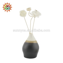 Wholesale Cheap Ceramic Fragrance Flower Essential Oil Aroma Reed Diffuser