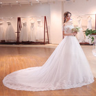 2018 Summer New Fashion Beaded White Lace Wedding Dress with Long Tail