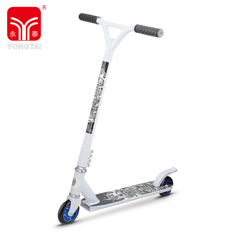 Freestyle 100MM PU Wheel With Aluminum Hub Stunt Kick Scooters PVC Handle
