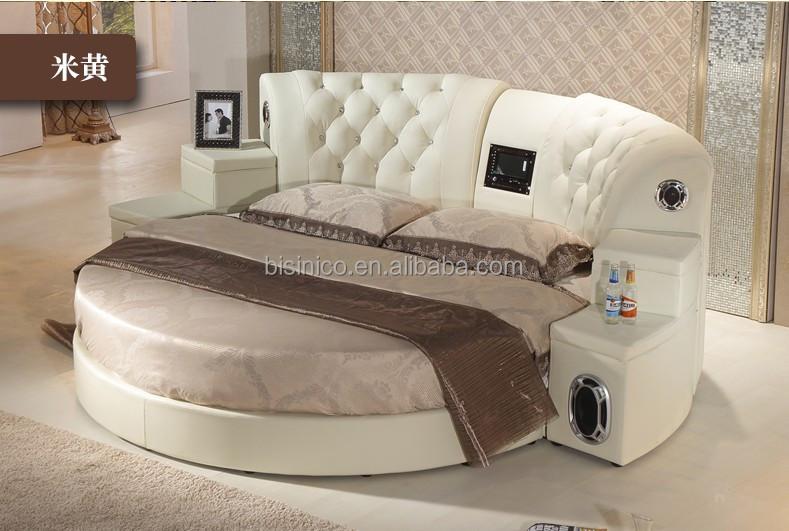Сексы которые делают на спальной кровати фото 470-728
