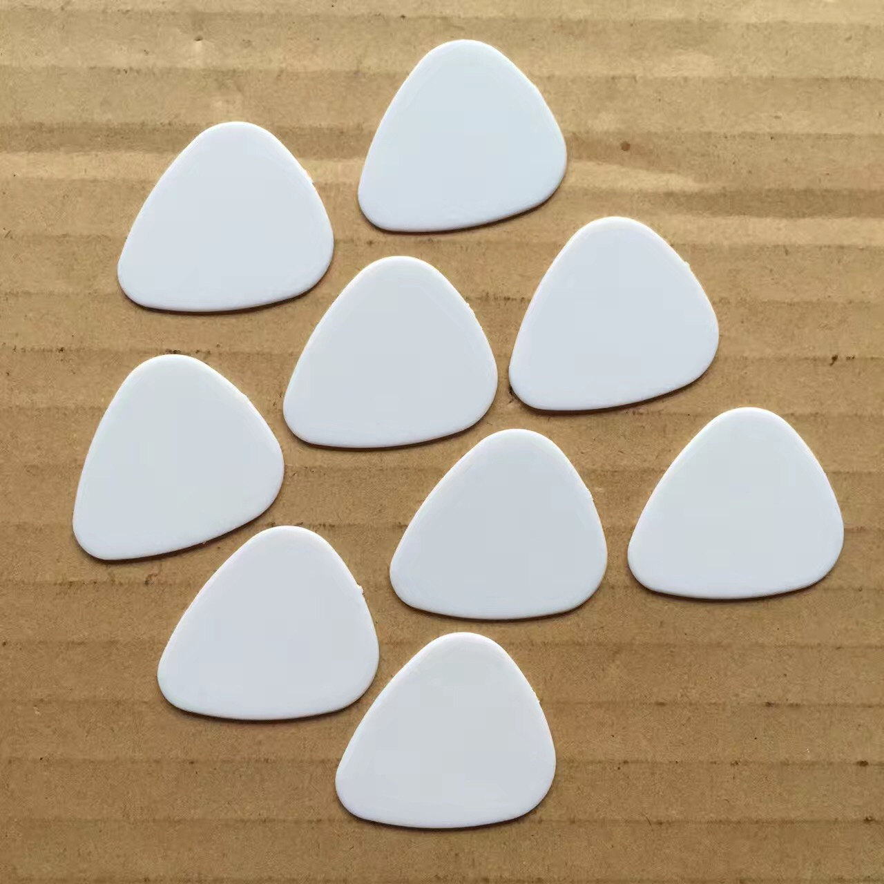 Bulk Order Kleur Logo Customization Aanvaardbaar Plastic 0.71mm Plectrums