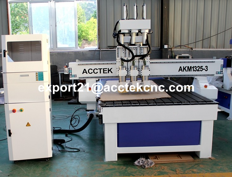 3spindles cnc router (2).jpg