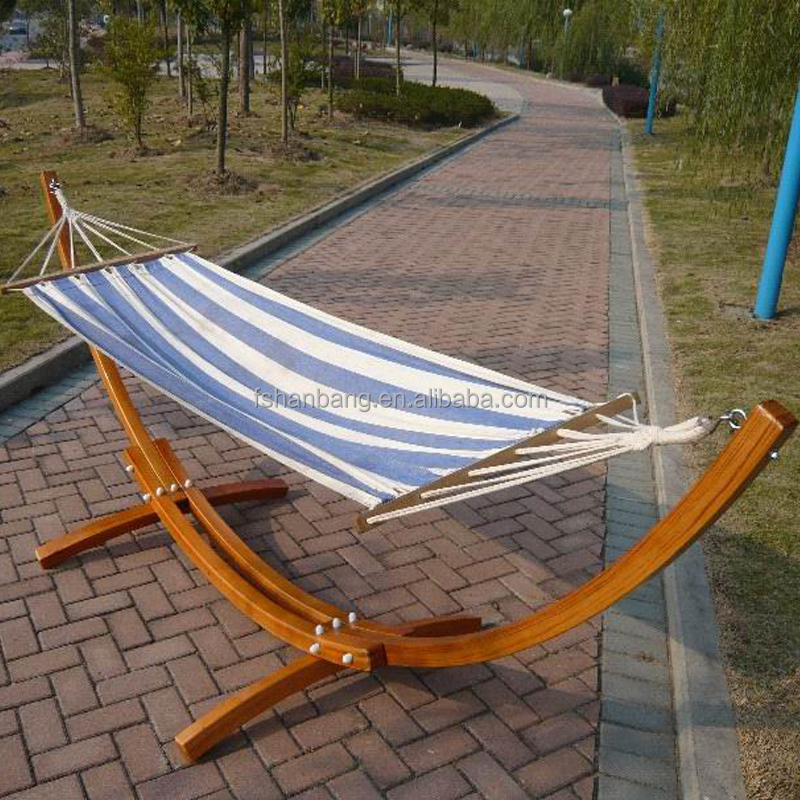 Wood Canyon Patio Hammock with Stand