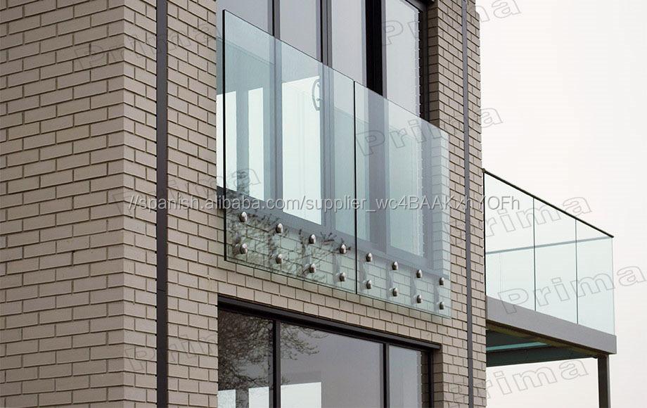 Exterior de vidrio templado sin marco balcón barandilla de vidrio ...