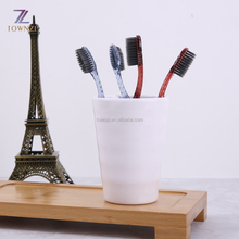 Guangzhou Luxury Hotel Dental Kit in plastic Bag Box co-friendly Disposable Toothbrush with Toothpaste