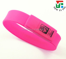 Customized Cheapest price customized logo silicone wristbands USB disk