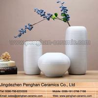Chinese modern wholesale home decorative porcelain flower centerpiece vase