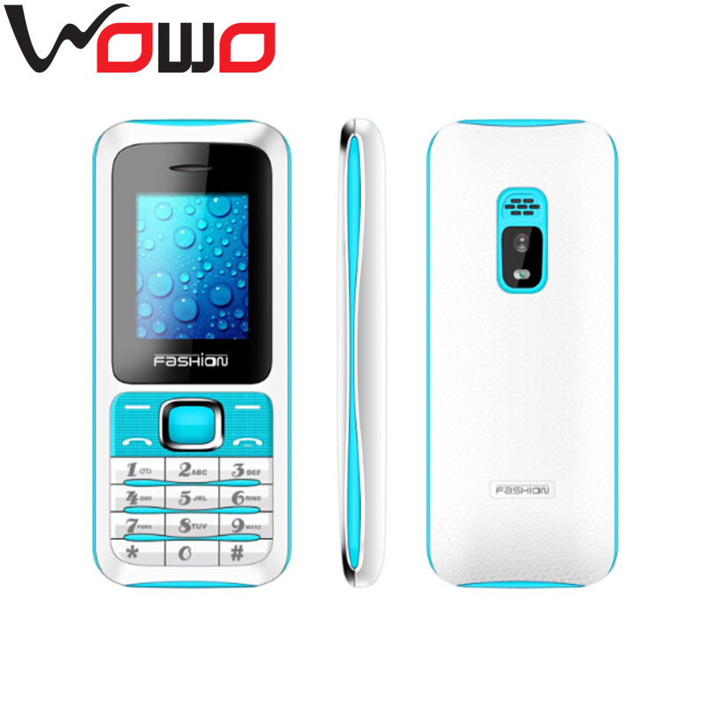 world cheapest mobiles 1.8 inch TFT screen 4 band F15 very small size mobile phone
