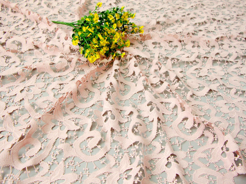 Roll floral delicate water soluble embroidery febric for garment