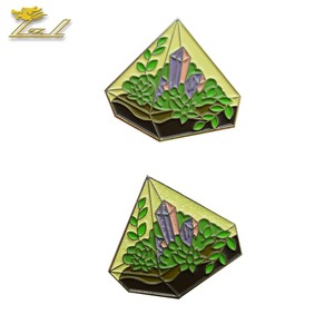Customized factory garden shaped metal enamel lapel pin with glitter