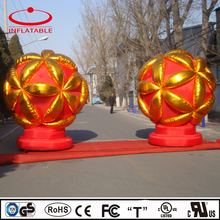 Advertising inflatable red color ball, custom made inflatable flower ball replica