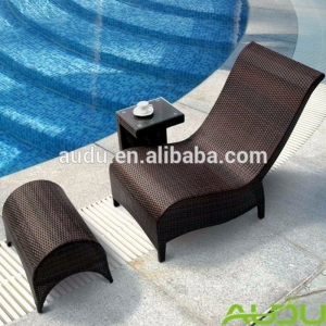 Audu Pool side wicker outdoor pool chairs