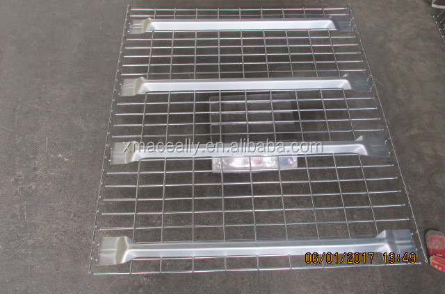 Customized size and grids 50*50 mm wire mesh decking