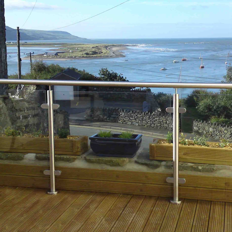 Outdoor Fence Panel Balcony Design Stainless Steel Glass Railing Balustrade Handrail