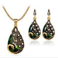 Hot style peacock jewelry set with diamond earrings necklace.