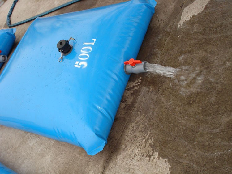Tarpaulin Cold Water Collapsible Storage Tank Flexible Pvc Polyester Fabric Pillow Tank 100l Buy Pillow Water Tankcollapsible Water Tank