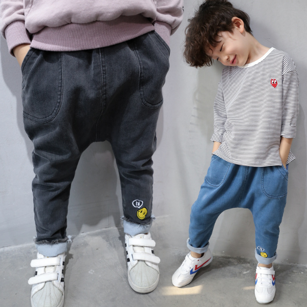 PHB60728 enfants printemps 2017 mode denim un pantalon vêtements hip hop