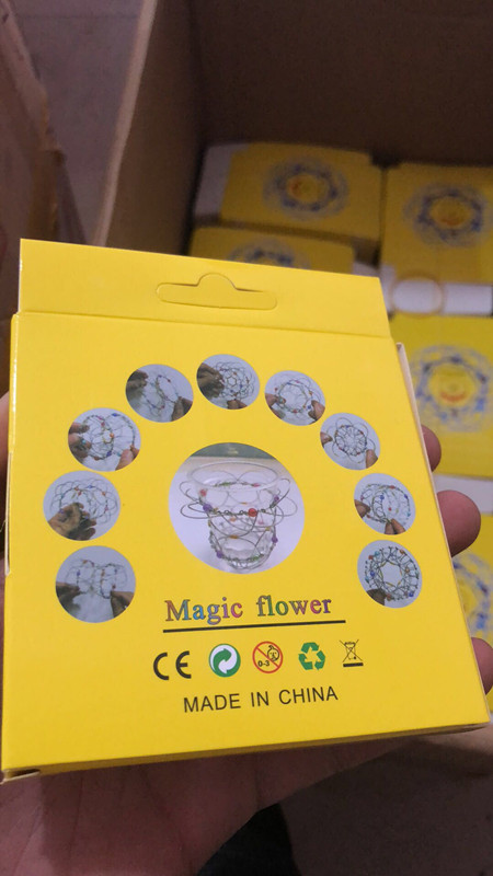 2018 trending products Amazing hot 3D toys flow ring magic flower