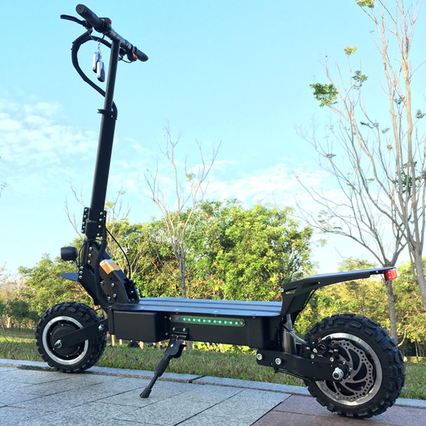 2019 new style two wheel electric scooter with 5600w 60v fast speed 85km/h dual motor electric scooter, Black