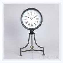 Retro Black Beautiful Metal Desktop Clock