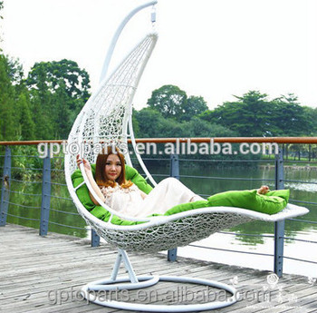 Wholesale Egg Chaped Swing Hammock Chair Swing Chair Hanging Pod Chair  Rattan Hanging Swing Chair Outdoor