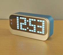 bedside temperature display table clocks, decorative elegant digital led table clock