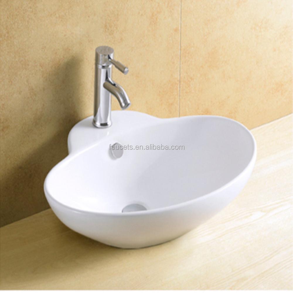 Petite taille carré en forme de salle de bains en céramique bassin ...