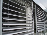 2017 FANGJU 80mm outdoor motorized aluminium venetian blinds with high quality