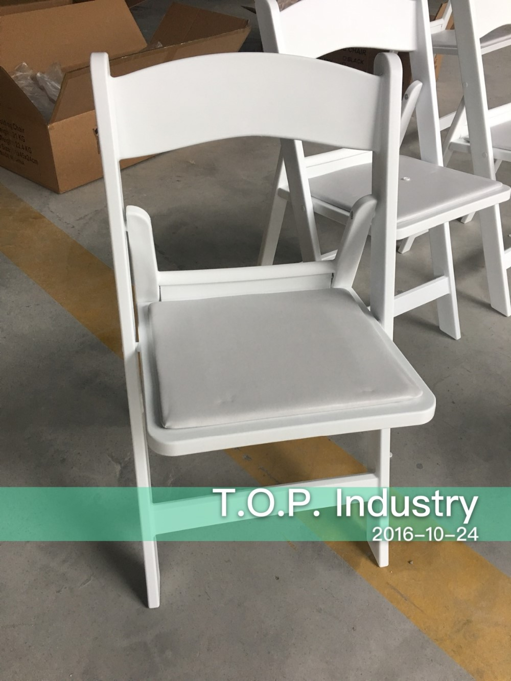 white wooden padded folding chair white wooden padded folding chair