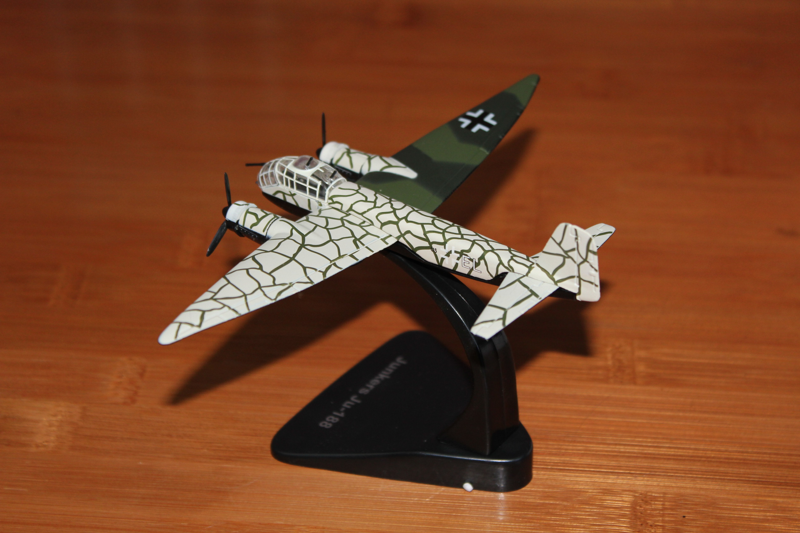 Atlas Editions SHORT STIRLING Aeroplane Model /'Bombers WWII/' Scale 1:144