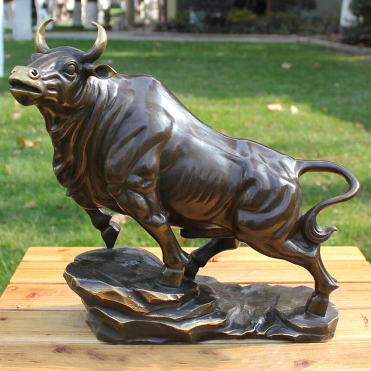 Small size metal craft bronze copper art decoration bull cow sculpture lucky bull cow statue ornaments