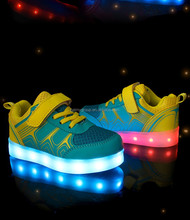 wholesale led light up kids sports shoes