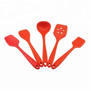 Promotional item kitchen accessories silicone, colorful silicone kitchen set, heat resistant silicone kitchen products