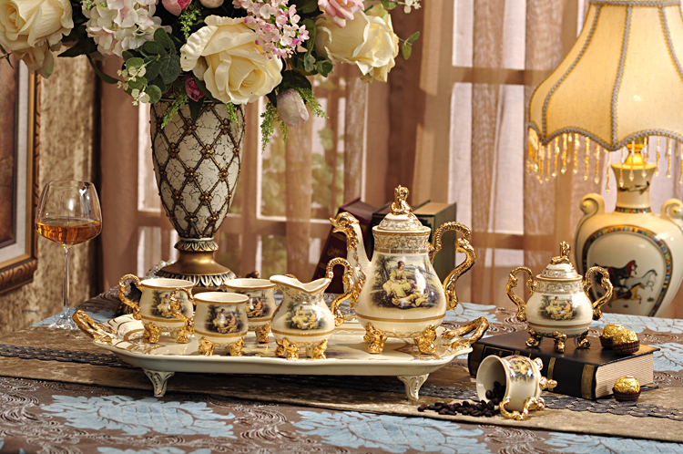 European Royal Bone China Coffee Set Tea Ceramic Cup And Saucer Suit Teapot
