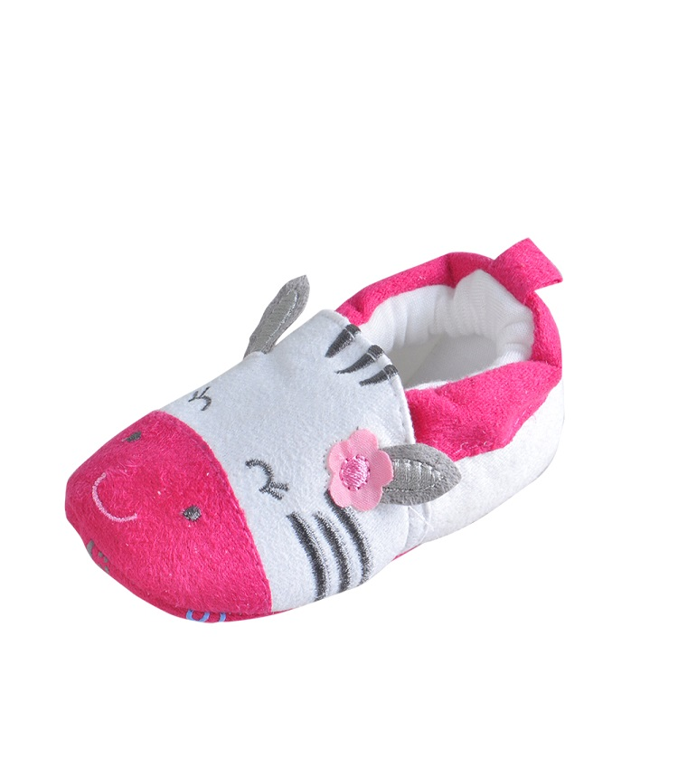 hot sale lovely cow shape new born girls baby animal shoes winter manufacturer