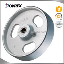 custom iron sand cast flywheel with sandblasting made in China