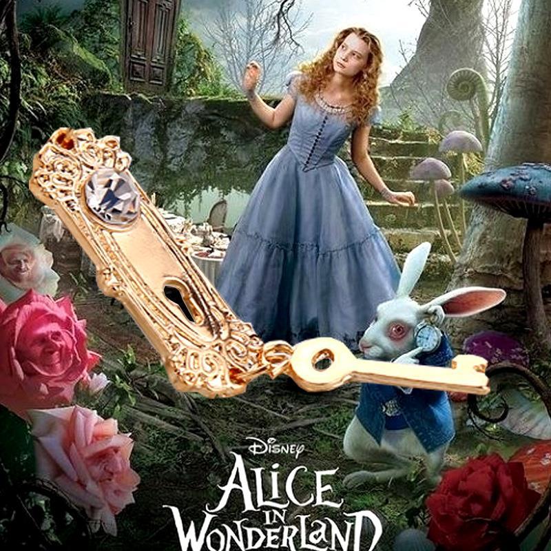 Cheshire Cat White Rabbit Alice In Wonderland Key Chains
