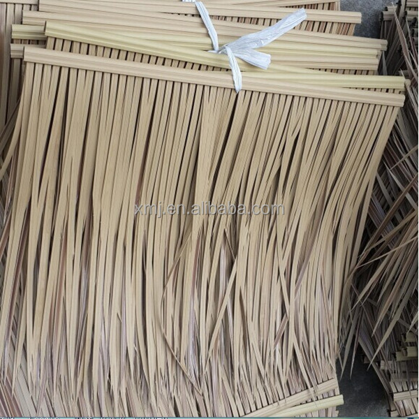 Eco-friendly plastic artificial thatch