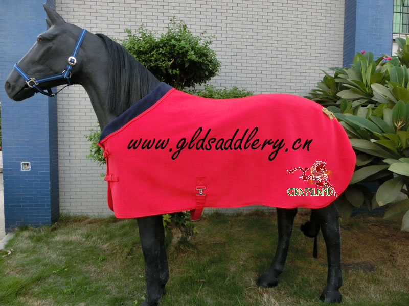 Fashionable Fleece Horse Rug With