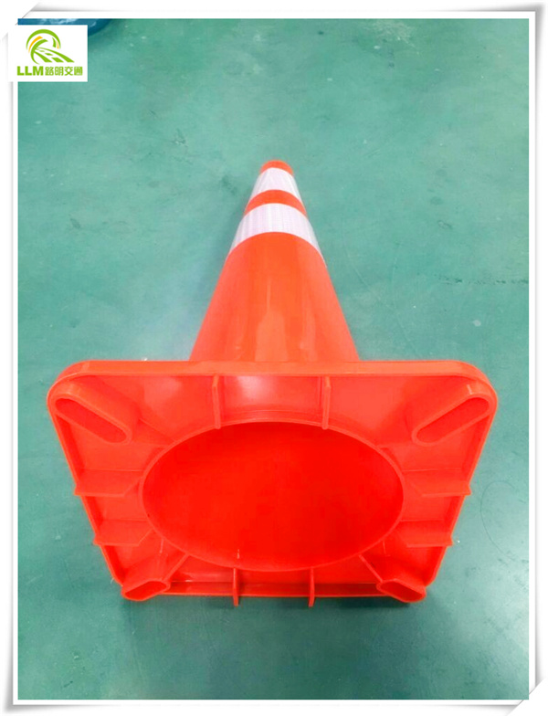 Solar road folding signaling traffic cone