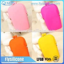 2017 Newest Fashion waterproof Silicone mobile cell phone carry sling bag for ladies