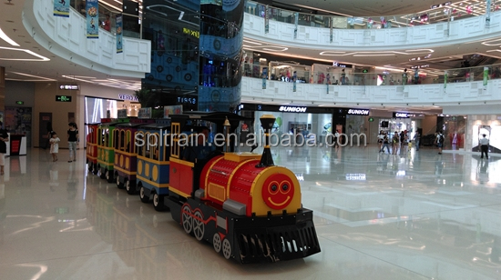 Trem shopping para uso interno, divertido trem elétrico, mini trian. mini fu trackless train para o natal