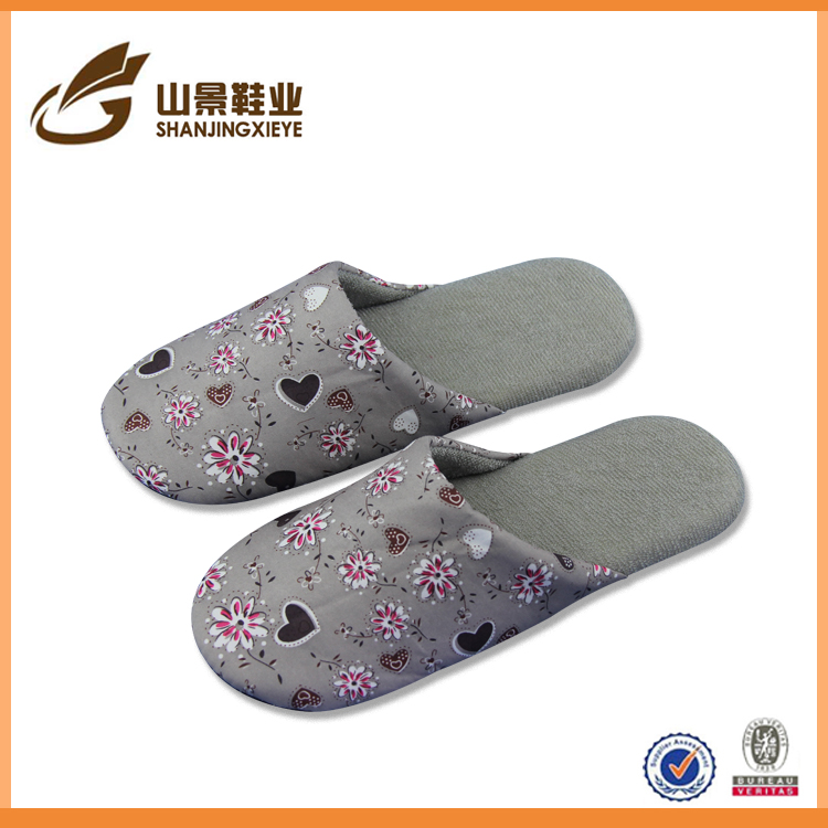 woman indoor winter slipper shoes cute flower slipper