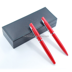 Metal Red Personalized Wedding Pens for Wedding Souvenirs Gift