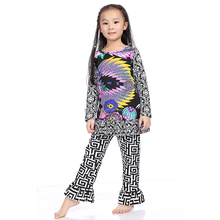 fashion black brocade color peacock flowers city girl clothing for women