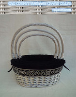Cheap Pretty Wicker Gift Basket with Lining and Handle