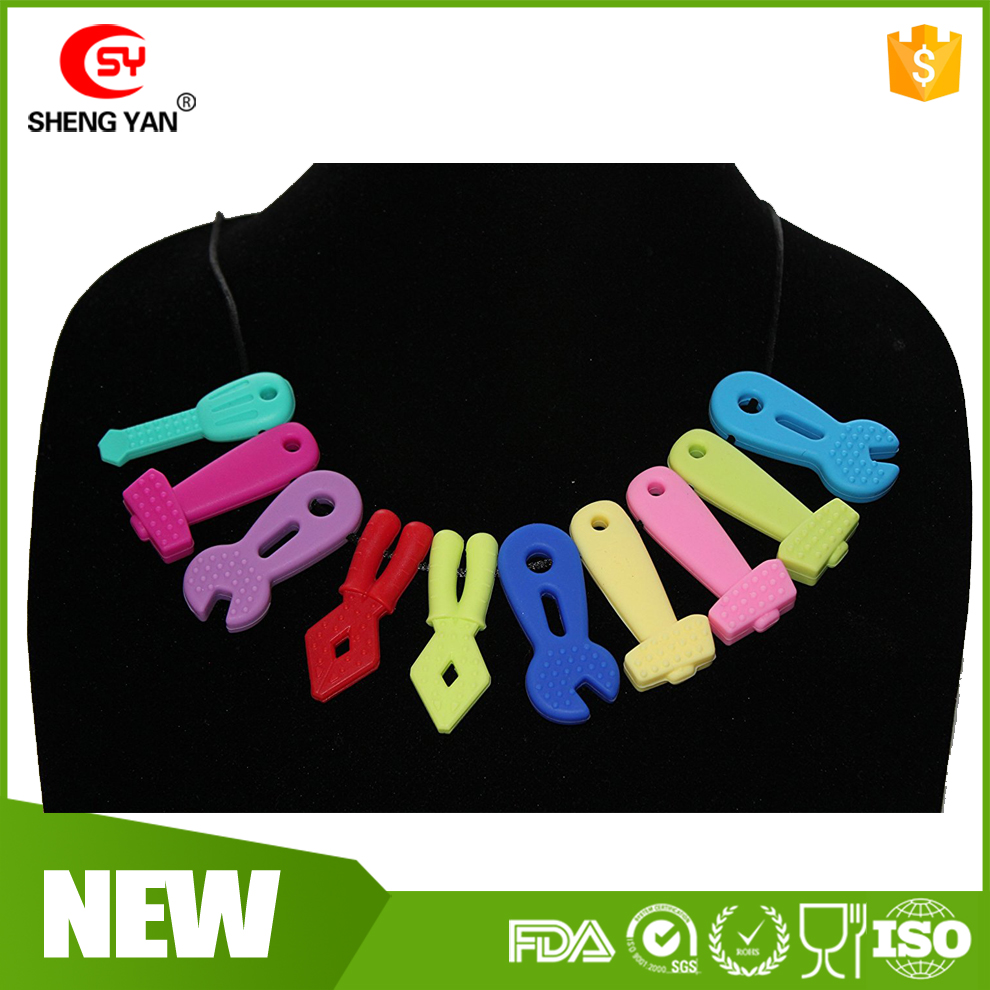 Best Selling Teething Chew Sensory Silicone Necklace Pendant Autism